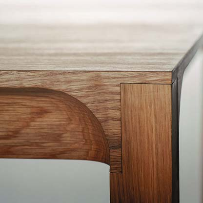 wood table corner joint
